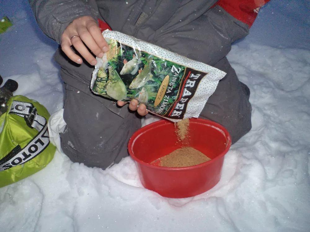 Зимняя прикормка для рыбалки